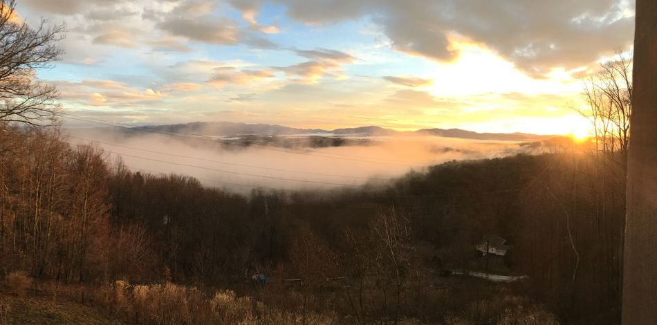 Sunrise in the Blue Ridge Mountains over morning fog The Great Outdoors - 2018 EyeEm Awards The Traveler - 2018 EyeEm Awards Sunrise Sky Cloud - Sky Scenics - Nature Beauty In Nature Water Tranquil Scene Tranquility Nature Orange Color No People Land Sun Sunlight Idyllic Outdoors