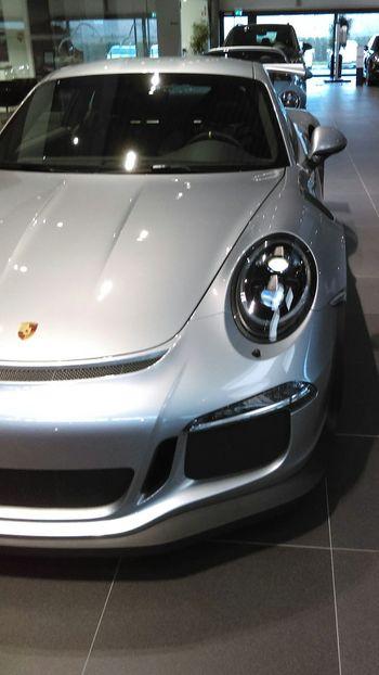 Awsome Porsche carrera 911 gt3 rs! Follow me on Instagram -stijnoeyen- Fast Sportscar Great German Perfection Porsche GT3 Cars Carspotting First Eyeem Photo