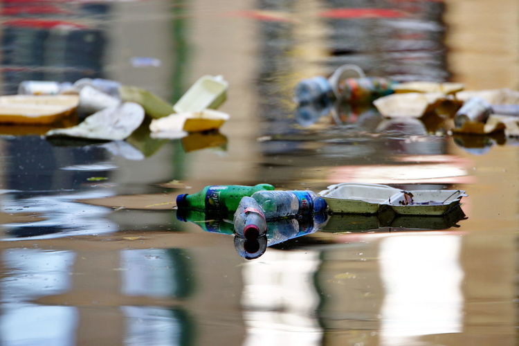 Pollution Pollution In My World Pollution Of The Environment Pollution ın My World Water Reflection Focus On Foreground Lake Wet Selective Focus Blurred Motion Protection Waterfront River River View Rubbish Sashalmi Thames Thames River