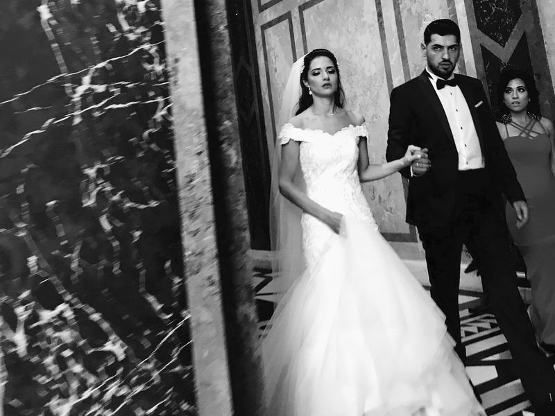 Museum Vienna Just Married Turkish Bride Groom Jealous Bridesmaid Lookatme Wedding Dress Wedding Picture Rushing Portrait Photography Black And White Portrait
