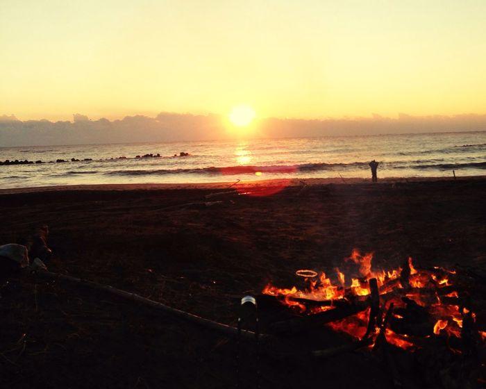 New Year Around The World Surfing Sunshine