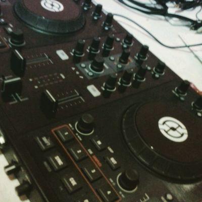 New Tracktor S4 Dj Control Music Dee Jay