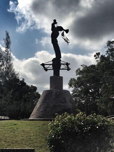 Statue Sculpture Human Representation Cloud - Sky Male Likeness Sky Monument Travel Destinations History Memorial Low Angle View Tree Outdoors Day Built Structure Architecture War No People Culture Tajin Veracruz
