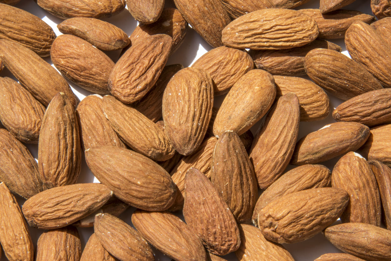 full frame, food and drink, large group of objects, backgrounds, nut, food, healthy eating, nut - food, brown, wellbeing, close-up, almond, still life, no people, abundance, freshness, indoors, seed, textured, studio shot, snack, vegetarian food