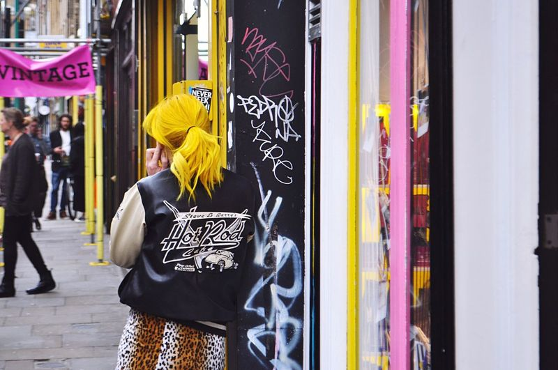 Yellow London Lifestyle London Hair Hairstyle Yellow Outdoors Streetphotography Street Photography Street City People Vintage