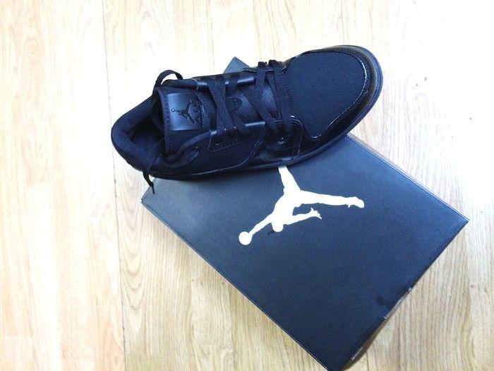 Jordan air black