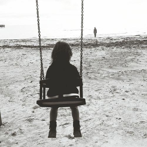 Silhouette Black & White capa