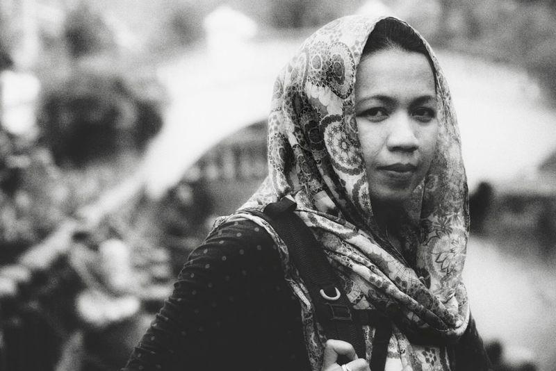Portraitist - 2016 Eyeem Awards Black And White Culture Potraitist People Of EyeEm Human Interest People Faces Alifgawausin Agoesalwie EyeEm Gallery Fresh On Eyeem  Portrait Travel The Portraitist - 2016 EyeEm Awards