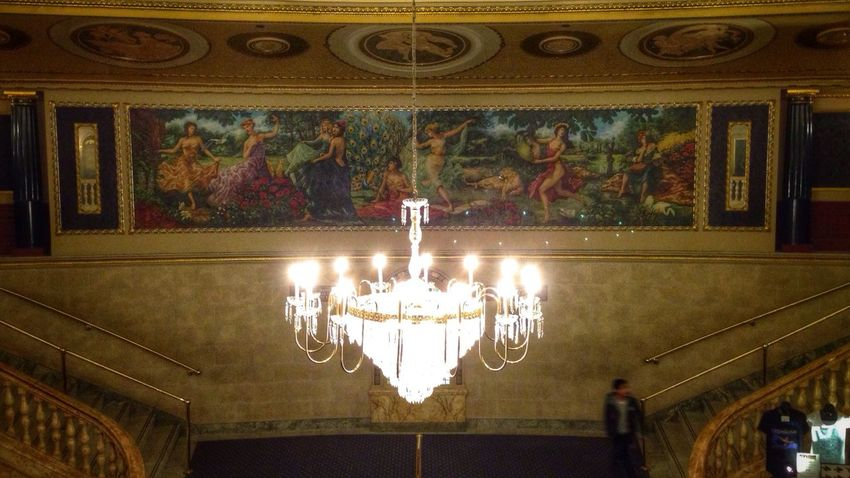 Fresco Fresco Art Chandelier Theater