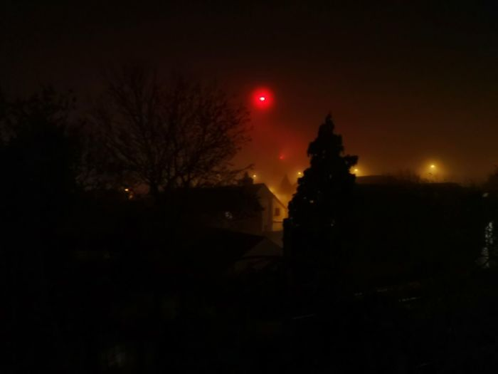 Mist Night Red