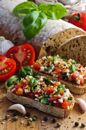 Homemade Bruschetta Bruschetta Homemade Homemade Food Italian Cuisine Bread Bruscetta Bruschette Ciabatta Close-up Cutting Board Food Food And Drink Freshness Healthy Eating Italian Food Ready-to-eat SLICE Tomato Vegetable