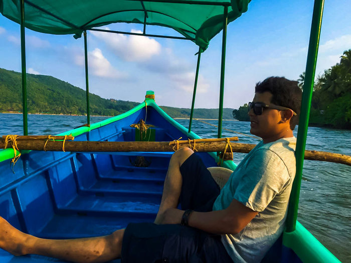 Boat Photography Boat Ride Water_collection People Photography Potrait Of Man Potrait Of A Friend People Enjoying Life Happy Person Smiling Face Pastel Power Relaxing Time Tarkarli Beach Sindhudurgh, India Vacation Time