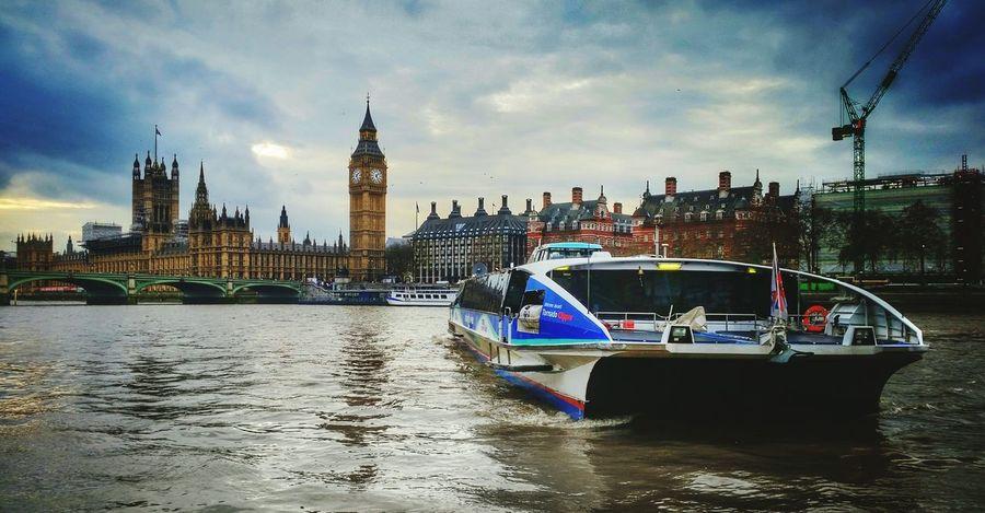 Westminster London Westminsterbridge Bigben Housesofparliament Riverthames Thames River Greatbritain Cityhall Londoner GB Westminster