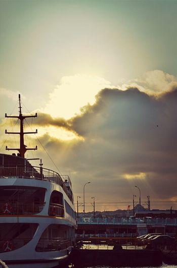 Clouds Clouds And Sky Cloudporn Sunrays Galata Brige Galata Köprüsü