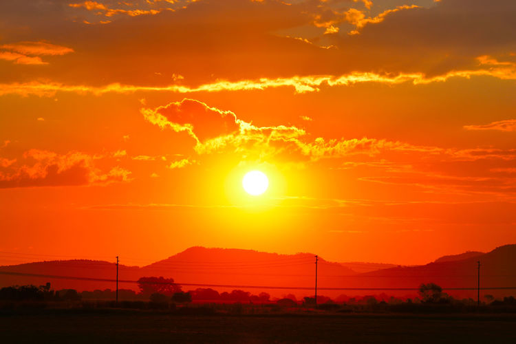 sunset1 Sunset, Sun , March, Autumn, Picoftheday, Bestoftheday, Popular, Mycity, Alexstuff, Sky, Clouds, Street, School, Ukraine