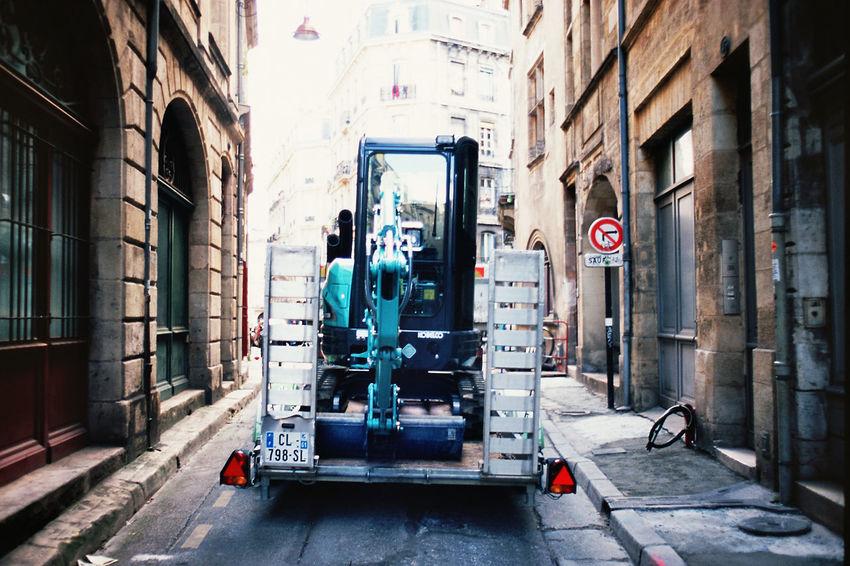 35mm 35mm Film Bordeaux Filmisnotdead Ishootfilm Slidefilm Street Streetphotography Velvia