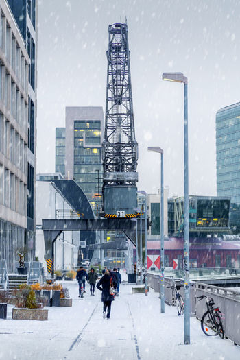 Medienhafen Düsseldorf im Winter Architecture Built Structure Cold Temperature Building Exterior Winter City Snow Office Building Exterior Modern Building Real People Group Of People Day People Snowing Outdoors Winter Schnee Medienhafen Düsseldorf Kran Rheinufer Rhein White Weiss