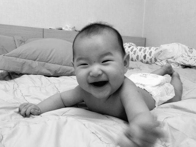 baby Bed Baby Real People Childhood Indoors  Bedroom Babyhood Looking At Camera One Person