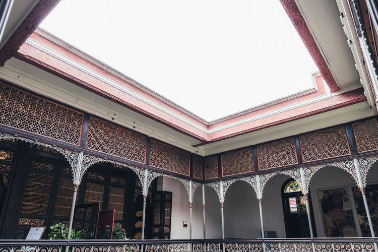 Architecture Built Structure Building Exterior Building No People Day Low Angle View Architectural Column Window Clear Sky Sky Arch Outdoors City Nature Entrance The Past History Copy Space Ornate Ceiling Courtyard  Arabic Indoors  Home Interior