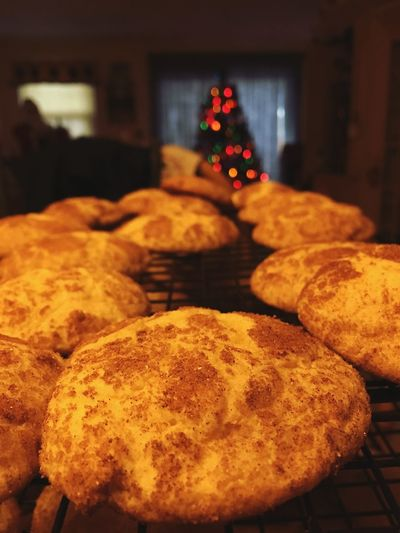 ✨🍪🎄🍪✨ Snickerdoodles ✨🍪🎄🍪✨ A feast for the senses on Christmas Eve morning Cookies Tadaa Community Christmas Food And Drink Holiday christmas tree Food Indoors  Freshness No People Baked Illuminated Sweet Food Christmas Lights Holiday - Event