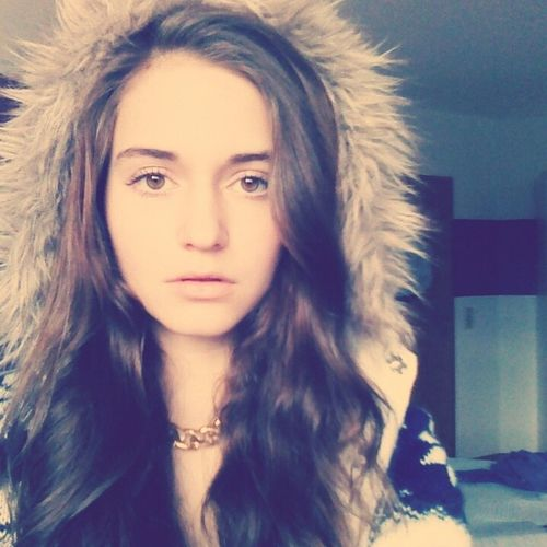 Thats Me ♥ BrownHair Brown Eyes <3 Cold Winter ❄⛄