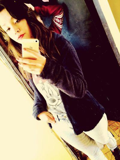 Lo que te ha hecho es un delito y sus besos son malditos falso amoooooor 🎶🎵 RomeoSantos Amigo Hello World That's Me Happy Smile Chile Inlove♥ Enjoying Life Feliche