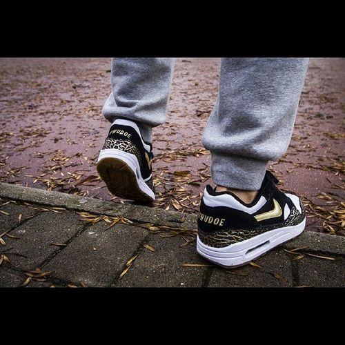 @wudoe Nike Nikeair Sneakers Wena Nowaziemia Nowaziemiatour Nowaziemiaskurwysynu