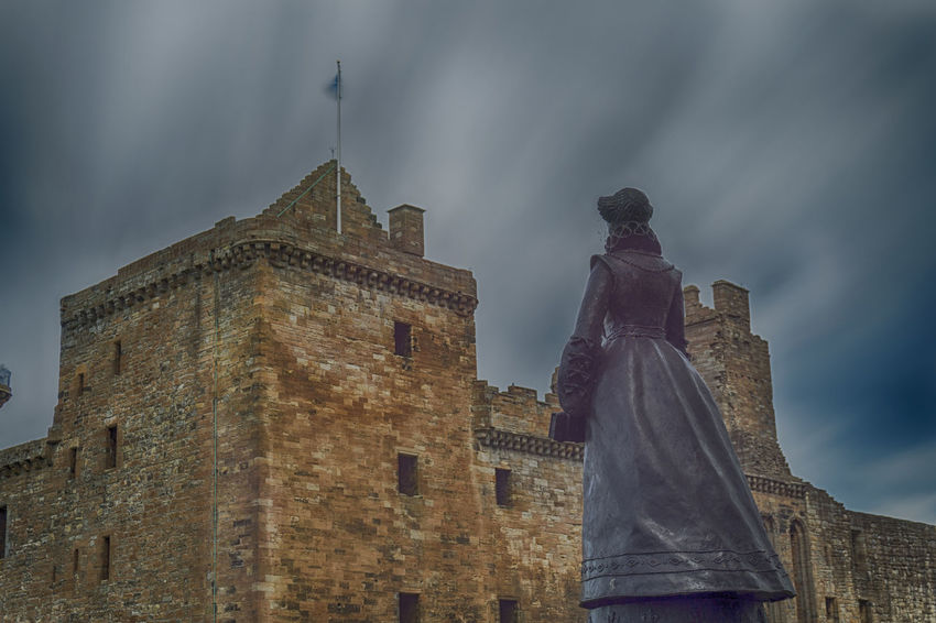 Mary Queen of Scots watching over her birthplace at Linlithgow Palace Central Scotland Historic Scotland Linlithgow Linlithgow Palace Listed Building Lowlands Mary Queen Of Scots Palace Renaissance Ruins Scotland Scottish Statue Uk West Lothian