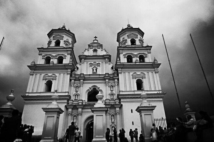 Esquipulas Guatemala Church Black & White Roadtrip ✌👌💗