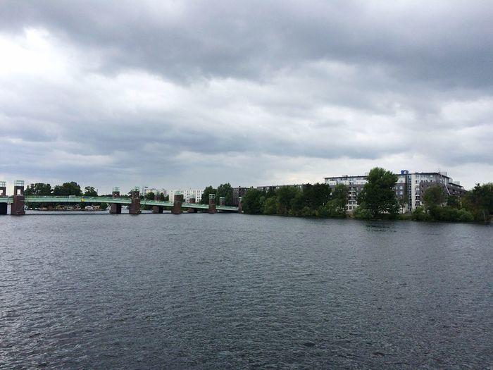 An der Wasserstadt Berlin