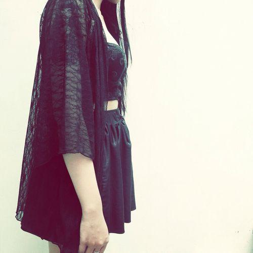 Fashion Kimono Black Lace Taking Photos