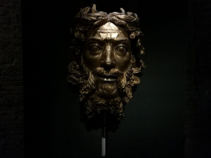 God Father Gold Face Arts Culture And Entertainment Art Arte City Life Museum Looking Big Face  Golden Color Father & Son Artistic Photo Artistic Sculptures Milan,Italy Milan Duomo Sculpture Spooky Close-up Sculpted A New Beginning