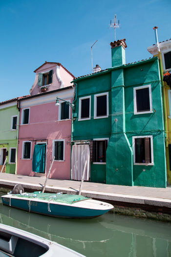Burano No People Boat Burano Colours Burano, Italy Burano, Venice Architecture Architecture_collection Architectural Detail Building Exterior Exterior Sky Architecture Moored Mooring Post Port Canal Dock Fishing Boat Nautical Vessel