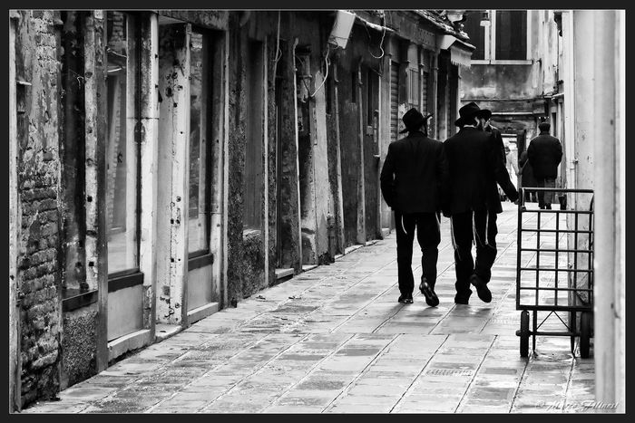 Black & White Italia Nikon Venice, Italy Blackandwhite Photography Ghetto Ghettolife Ghettoscenes Italy Adventures In The City The Photojournalist - 2018 EyeEm Awards