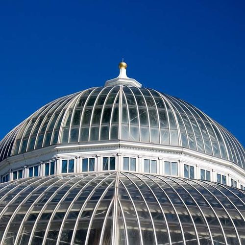 Como Conservatory dome. I don't think the sky could be any bluer. Captureminnesota Capturesaintpaul Blue Sky ComoPark