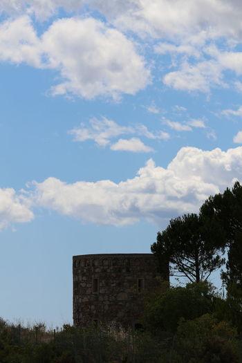 Sky Cloud - Sky Montagne Sainte Victoire Ciel Ciel Et Nuages Nature Beauty In Nature Nuages Et Ciel Nuage☁️ Arbres Tree