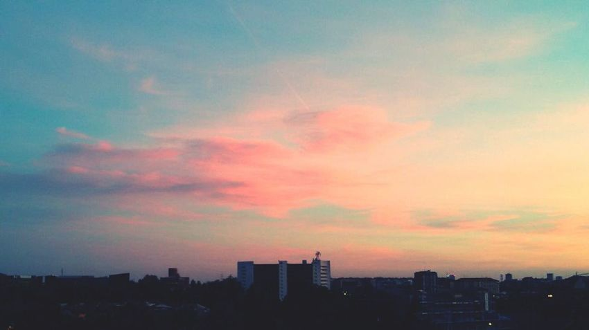 Sunset Cotton Candy Pink Sky And Clouds Sky Cloud - Sky Urban Skyline Cotton Candy Cloud  Dusk Illuminated Day Clouds And Sky City Skylovers