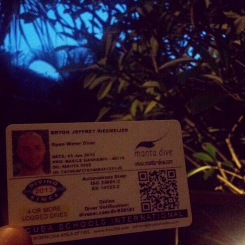 Hell yea..got my open water diver license Openwater Ssionline INDONESIA Gilitranswagnan