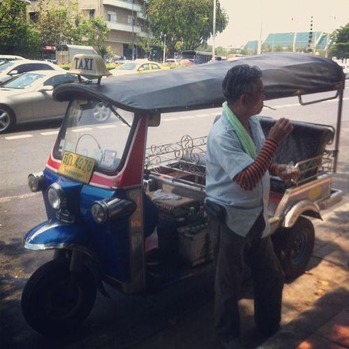 Taxismoker