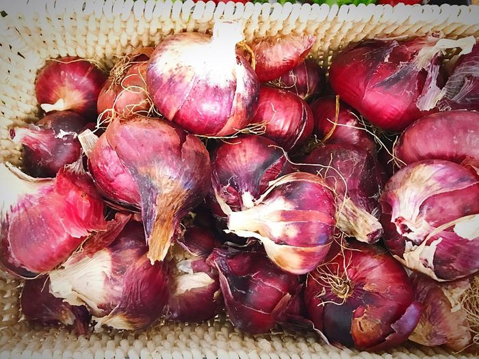 Delicious reds Foodstyling Amazing Colors Aroma Beauty In Nature Red Color Freshness Vegetable Red Onions Freshness Food And Drink Wellbeing No People Healthy Eating Food Close-up Still Life Full Frame High Angle View Backgrounds Nature Onion Indoors  Day Large Group Of Objects