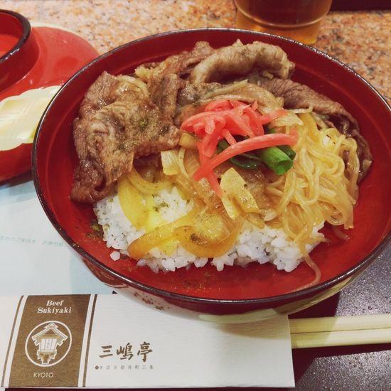 三嶋亭の牛丼( ´ ▽ ` )ノずるい美味しさ