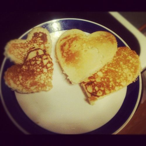 I already know, I have too much time on my hands. Guys, take notes. Heartpancakes