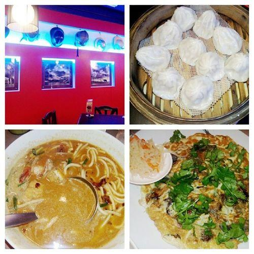 Binondo Food Trip Foodporn Chinesecuisine Binond Yum Siao Long Bao, Oyster Cake, Quick Snack Mami