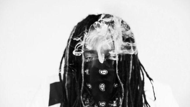 Long Hair Fashion Headshot Studio Shot Real People Portrait Musician Album Cover Smoke Black & White No Color Urban Fashion Eyes Lifestyle