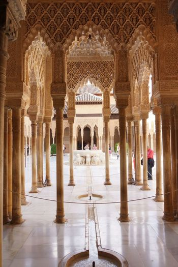 Alhambra 16 Alabaster Stucco Andalusian Architecture Arabesques Architectural Column Dekorative Kohlblume Geometrical Patterns Indoors  Islamic Art Islamic Calligraphy Mudejar Art Muqarnas Ceiling Decoration Muslim Empire Nasriden Palac Travel Destinations Wall Pattern