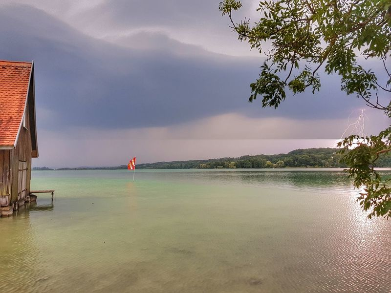 Sea Water Sky Landscape Nature Summer Outdoors ThunderStorm⚡ Thunder Thunder And Lightning Thunderclouds Thunder Clouds Thundercloud Beach Samsung Galaxy S8 Bayern Germany Ammersee