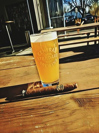Cheers! Craftbeer Cigars