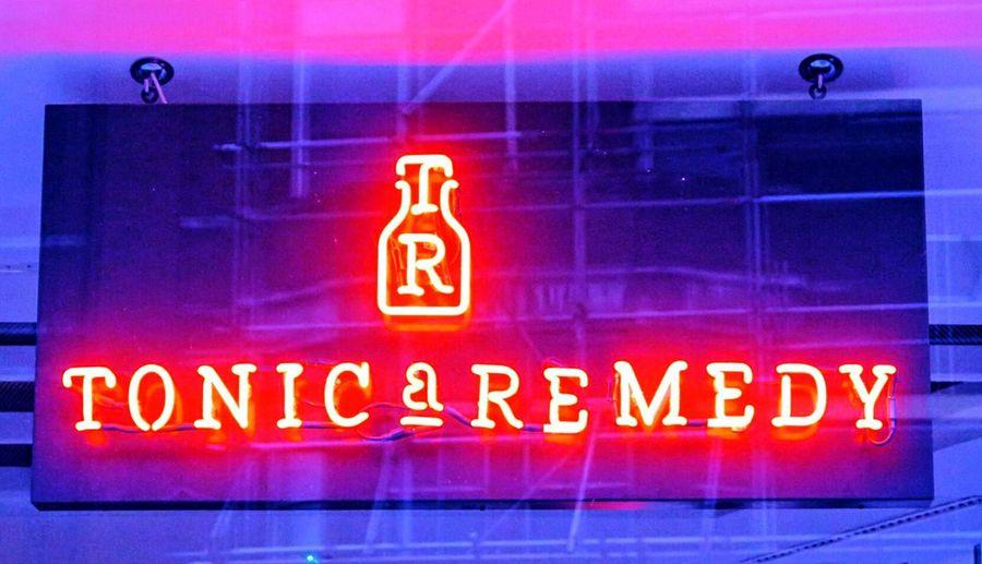 Ladyphotographerofthemonth All The Neon Lights Neon Neon Lights Neon Sign Neon Color Neonlights Neon Pink EyeEm Best Shots EyeEm Gallery EyeEmBestPics No People EyeEm Masterclass Pink Blue Bar Colors Colours Colorful