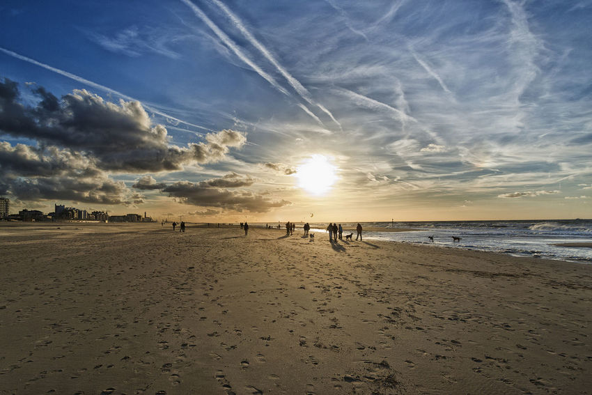 Beautiful Sunset Beach Schevening Check This Out Hanging Out