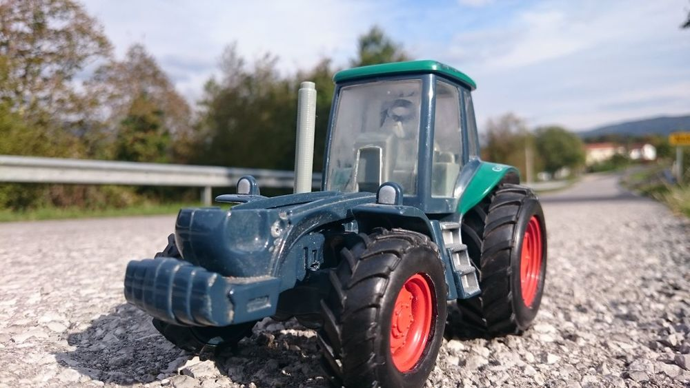 No Filter Tractor Tractor Toy Road
